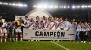 River Plate player's celebrate their return to glory [Photo: www.ole.com.ar]